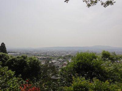 白毫寺から奈良市街を臨む