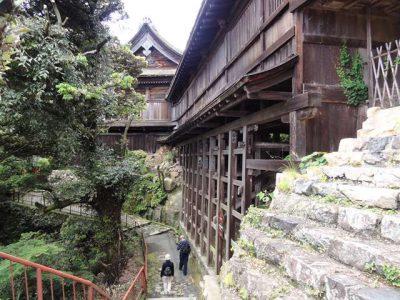 宝厳寺 船廊下と観音堂