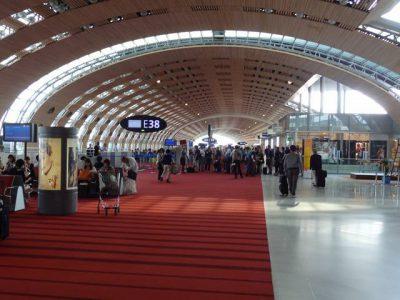 CDG空港ターミナル2E