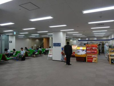 関空のピーチ航空の待合スペース