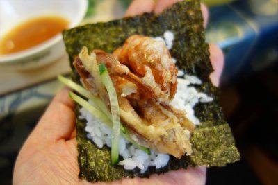 ソフトシェルクラブの唐揚げの手巻き寿司
