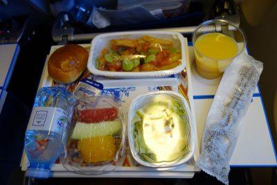 KLM868便の軽食