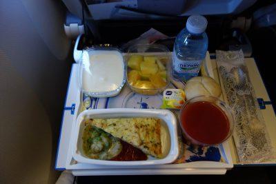 KLM867便の軽食