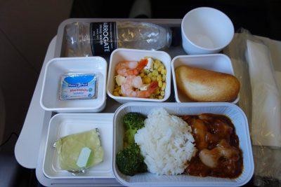 CX320便の食事
