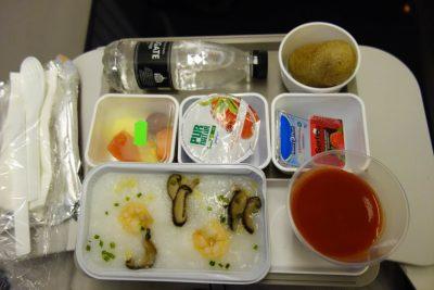 CX320便の朝食