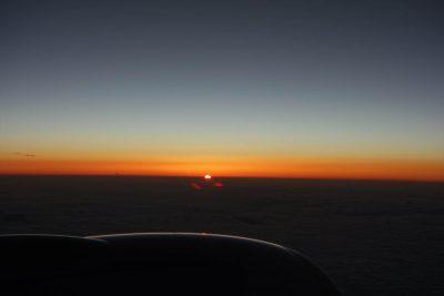 CX320便から見た日の出